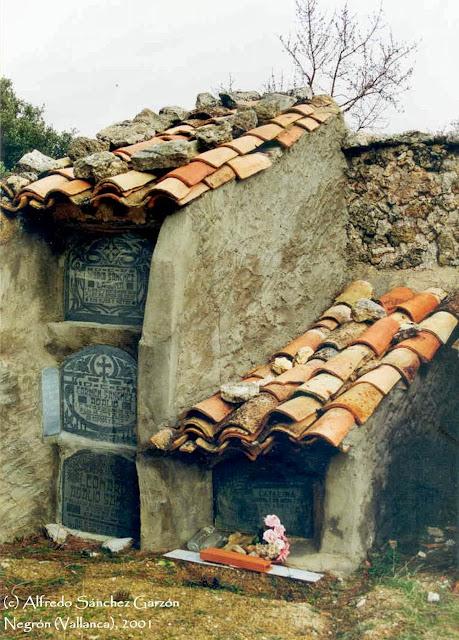 negron-vallanca-valencia-cementerio-nichos