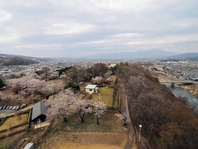 稲荷山公園 コスモタワー 展望台 眺望