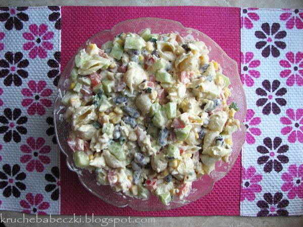 Letnia sałatka z makaronem :)