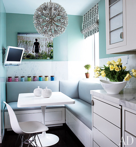 Paint Colour for Small Spaces : Photo Source AD : c/o ecopaining.ca via desiretodecorate.com
