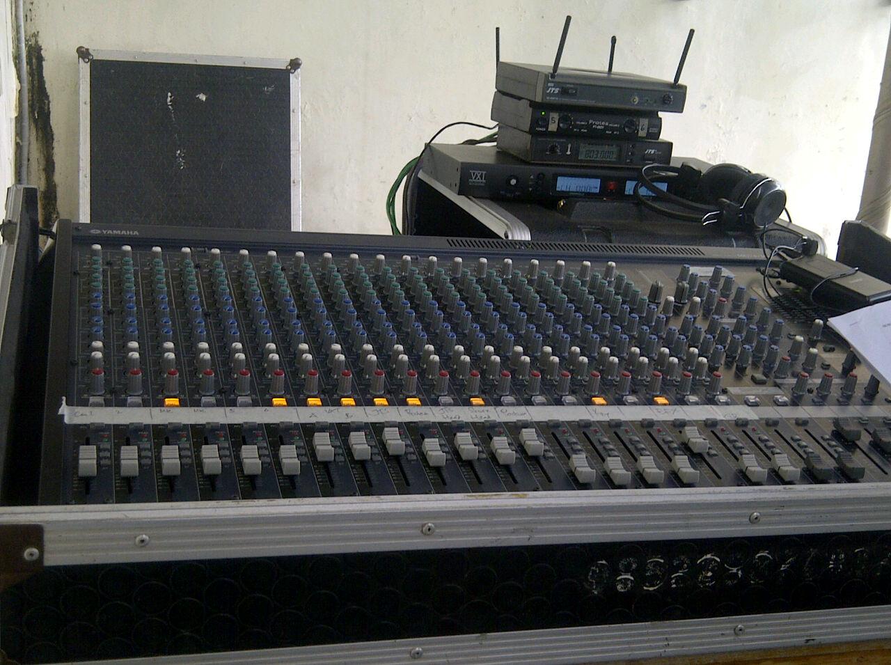 HP. 0856-4020-3369 / Sewa Sound System Untuk Wisuda Akpelni
