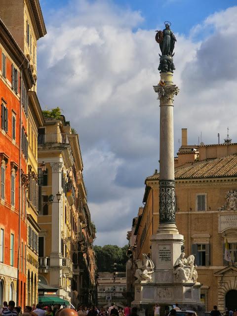Piazza Mignanelli Colonna dell'Immacolata Rom