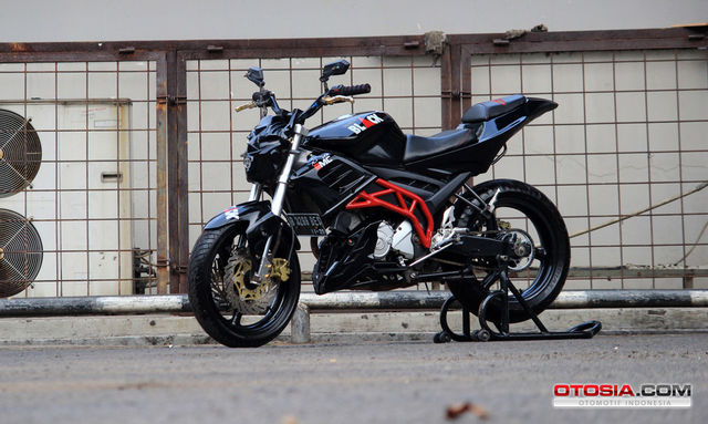 Modifikasi Vixion Street Fighter - BLACK