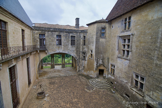 Interior de Château de Biron - Dordoña Perigord por El Guisante Verde Project