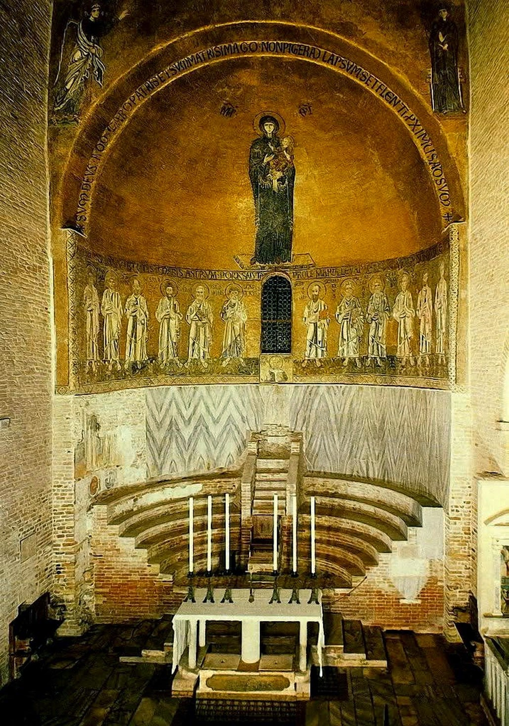 Mosaic-Of-Mary-In-The- Apse-of-Basilica-Santa-Maria-Assunta-Torcello