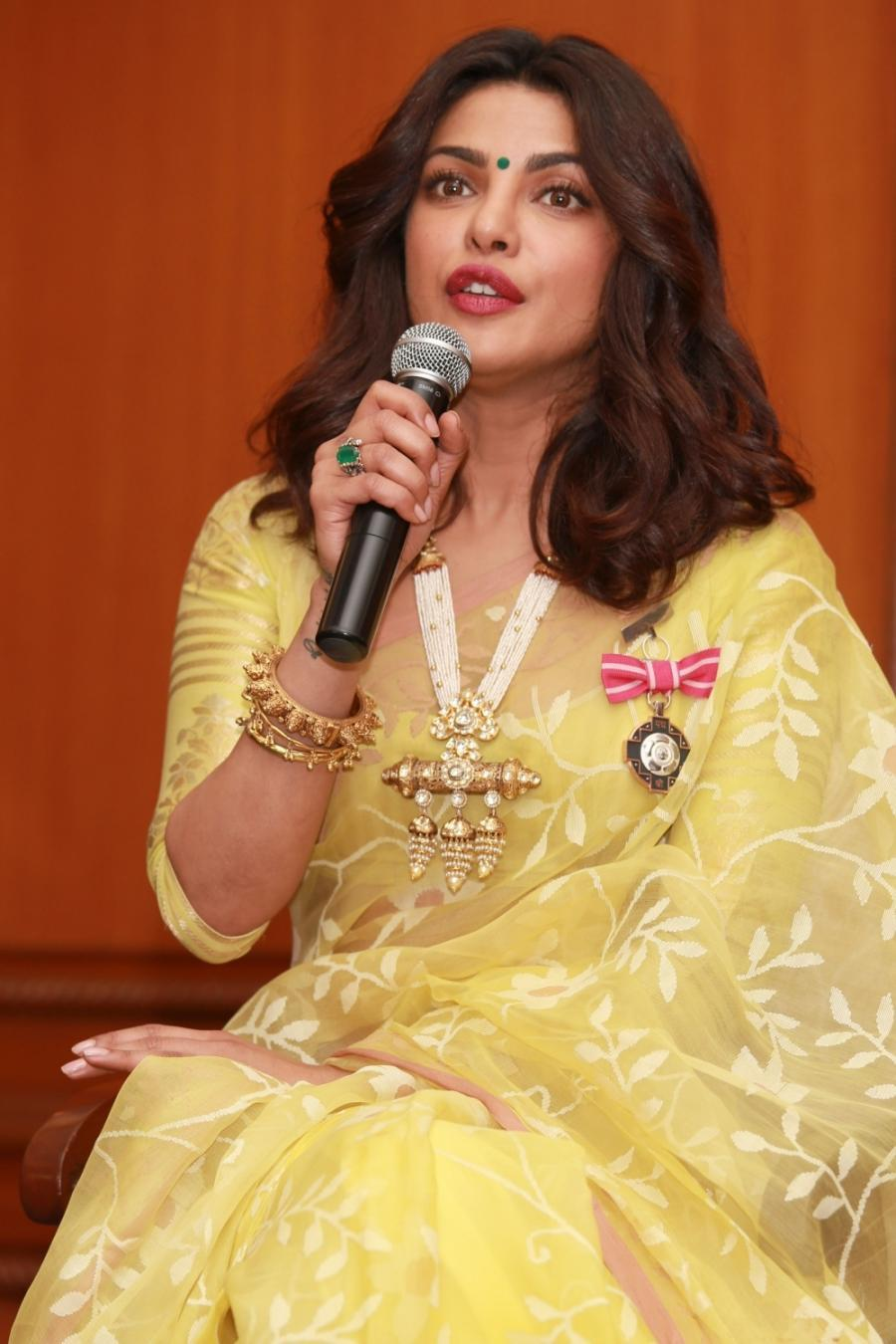 Priyanka Chopra Hot Photos At Awards Function In Yellow Saree