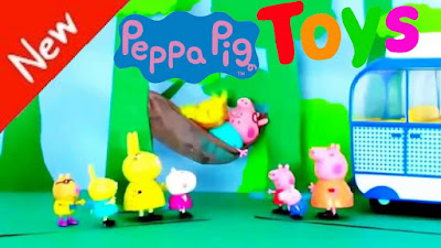 Peppa Pig toys story traveling with family - Peppa Pig holiday with loving family
