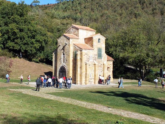 San Miguel de Lillo en Oviedo