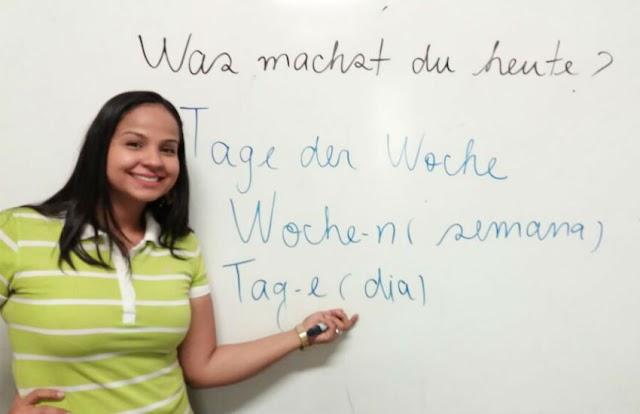 Cearense que ensina em escola pública é eleita a melhor professora de alemão do Brasil