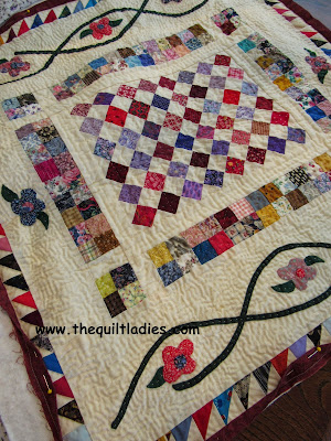 Table Topper Quilt, by The Quilt Ladies