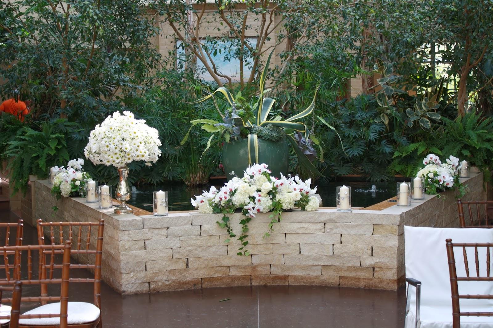 Lauritzen Gardens - Omaha, NE  Lauritzen Gardens Wedding