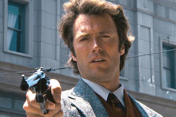 Alcanzó la fama interpretando al Hombre sin nombre en los spaghetti western  conocidos como Trilogía del dólar que dirigió ... c8a7a67560f