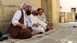 Fieles yazidíes en Lalesh.