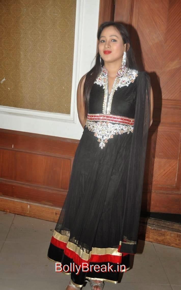 Telugu Actress Sneha, Actress Sneha Hot pics In Black Shalwar Kameez
