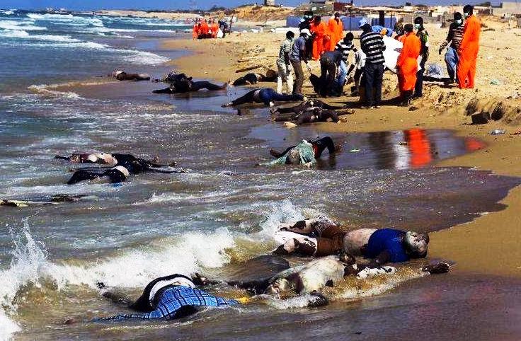 Resultado de imagem para refugiados no mar mediterrâneo