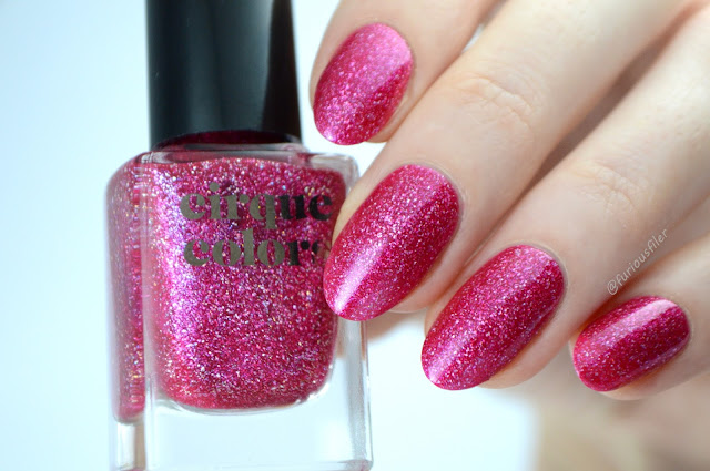 cirque colors lolly lips swatch pink holo flakes
