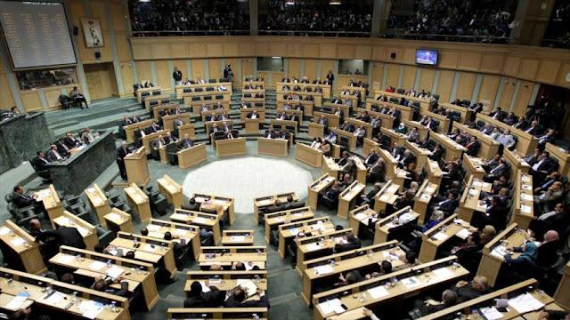 Parlamento de Jordania aprueba 'reestudiar' acuerdos con Israel