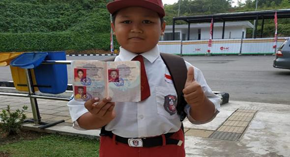 Nursaka Harus Lintasi 2 Negara Untuk Sekolah, Ia Minta