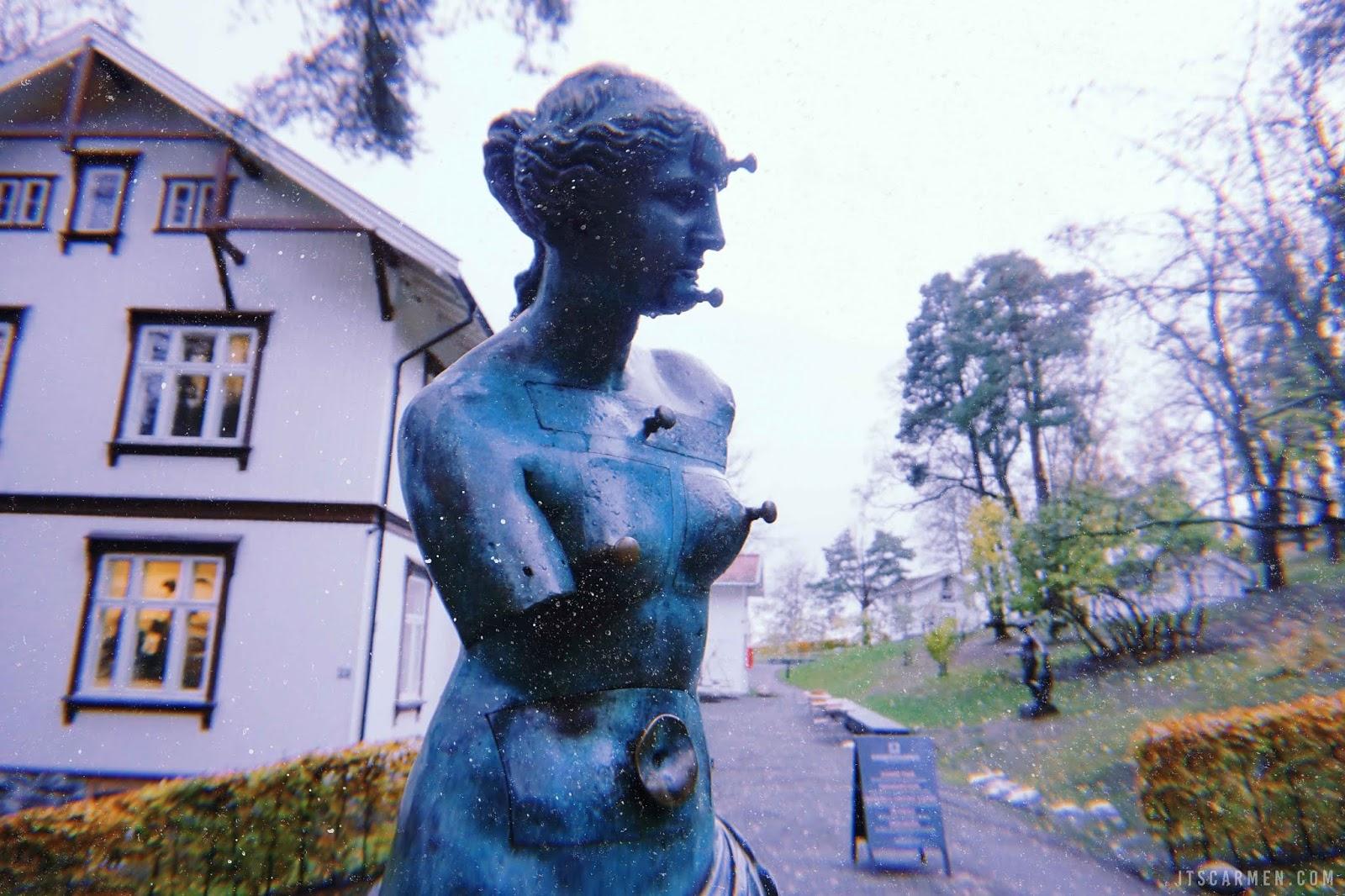Ekebergparken Sculpture Park by Salvador Dalí Venus de Milo aux tiroirs, 1936.