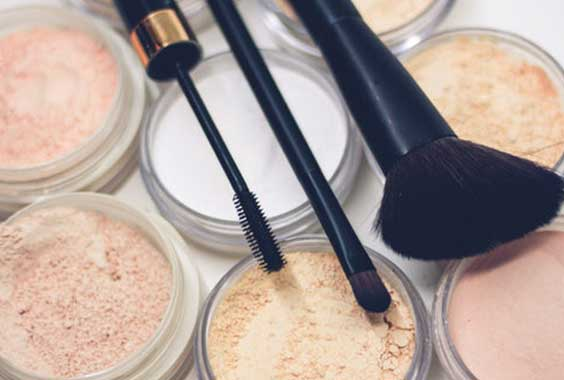 Best Makeup Removal Tips every girl should know