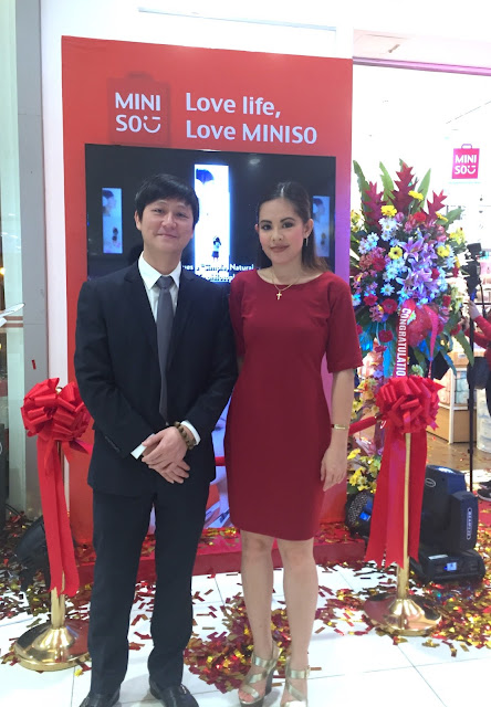 Miniso SM Sangandaan mary-the-host