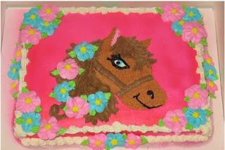 kue ulang tahun tema kuda untuk wanita