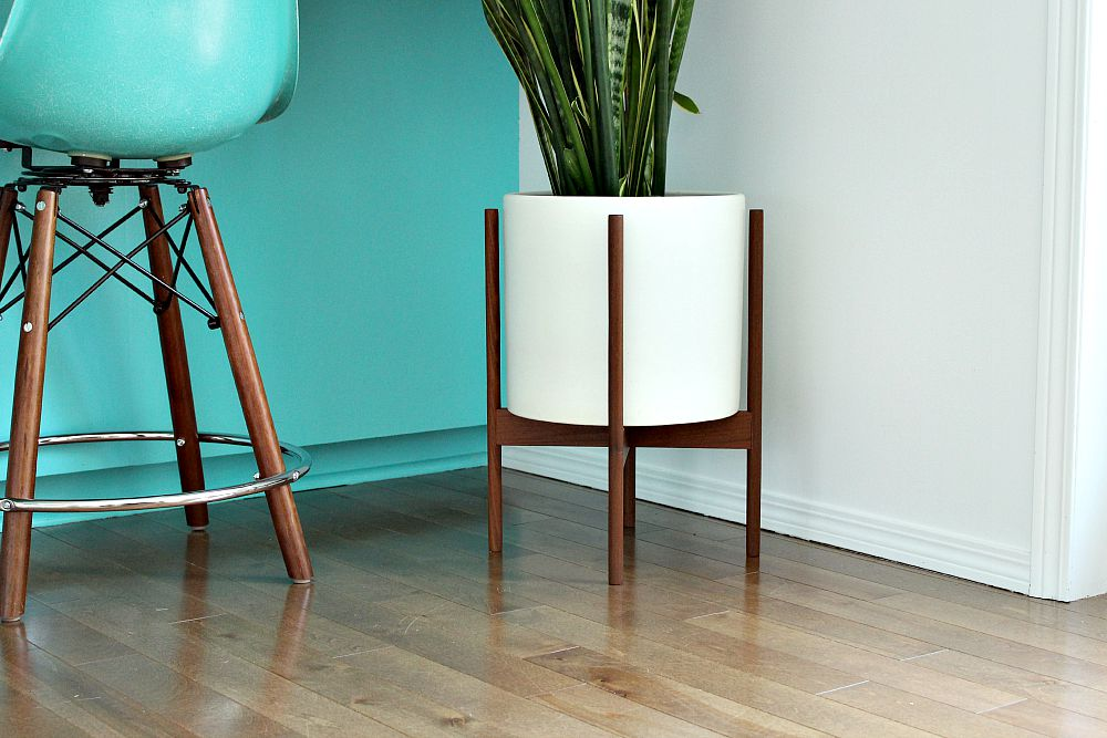 Turquoise modernica side shell stools and case study planter