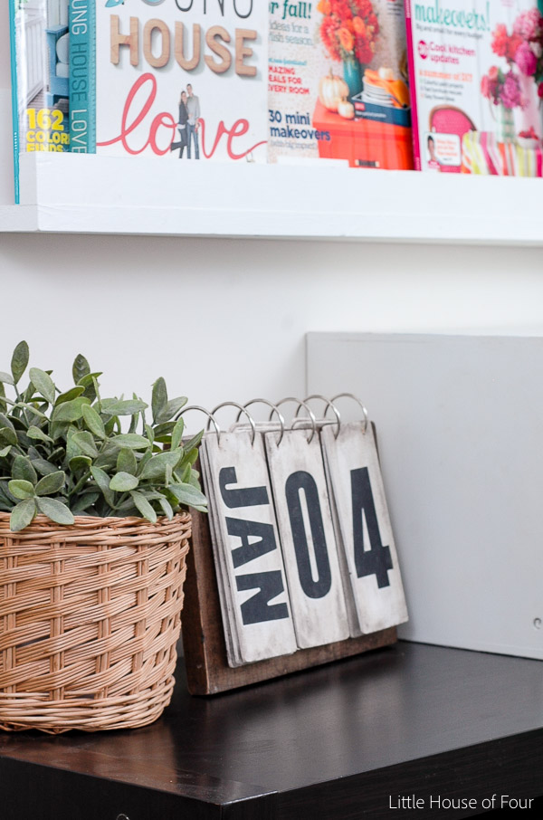 How to use Ikea faux plants to decorate your home.