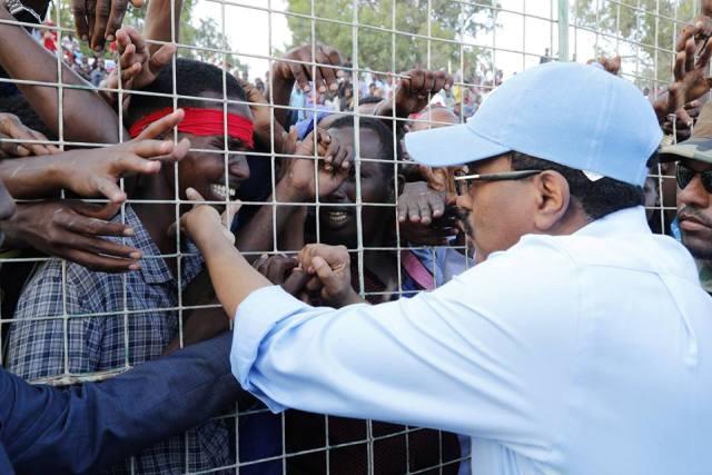 Daawo Sawirro & Video: Madaxda sare ee Somalia oo khudbado Khiiro leh ka jeediyey banaanbixii galabta