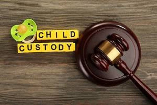 Get Legal Assistance from Recognized Lawyer for Child Custody