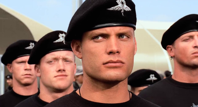 Starship Troopers (1997) UnRated Dual Audio [Hindi-English] 720p BluRay ESubs Download