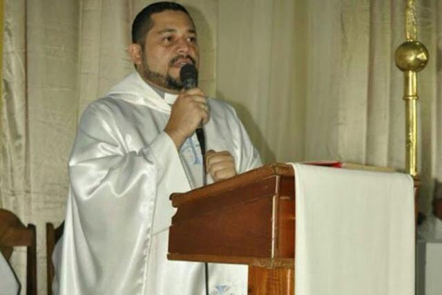 Mataron a un sacerdote para robarle el vehículo de la parroquia