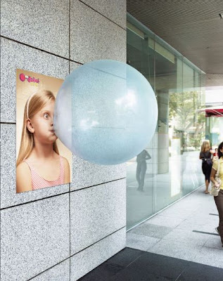 20 Creative and Clever Bubble Gum Ads (20) 9