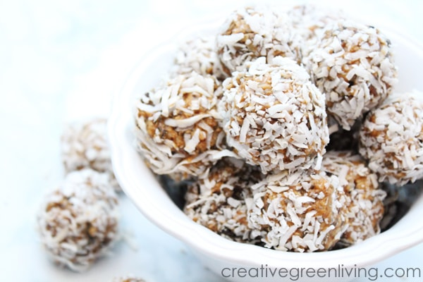 Healthy, Vegan, gluten free energy balls recipe with chocolate and peanut butter