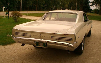 1966 Pontiac GTO Hardtop Coupe Rear