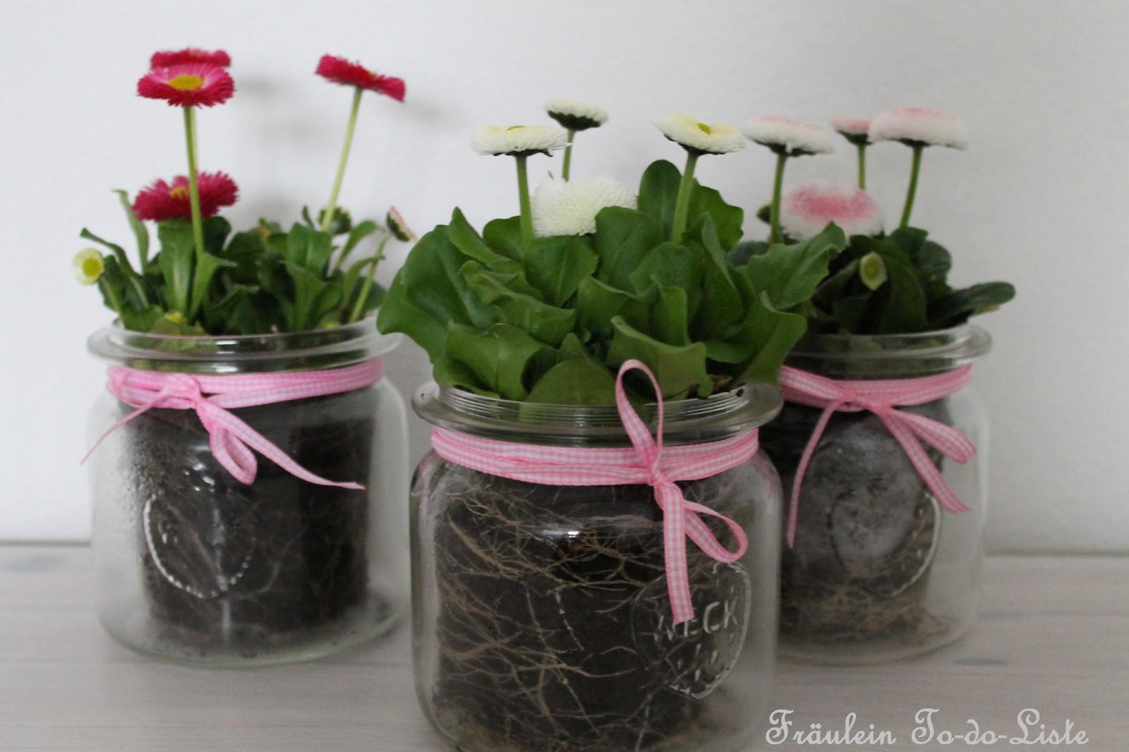 Tischdeko Glaser Tischdeko Fruhlingsblumen Im Glas Raum Und