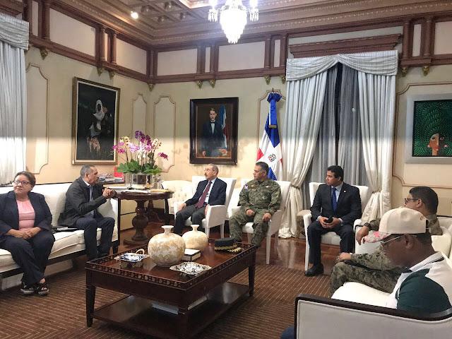 Danilo Medina convoca instituciones del COE para informe sobre tormenta María