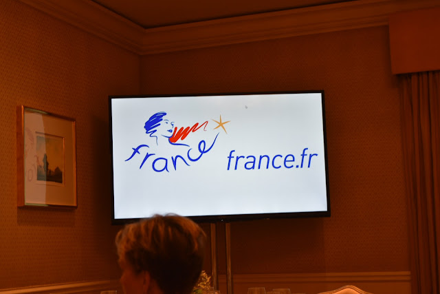 Christmas Delight and Learning about French Travel in 2016   via  www.productreviewmom.com