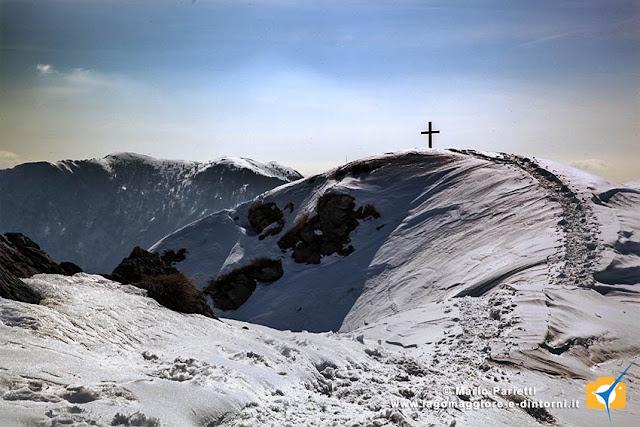 Sasso Corbaro con la neve