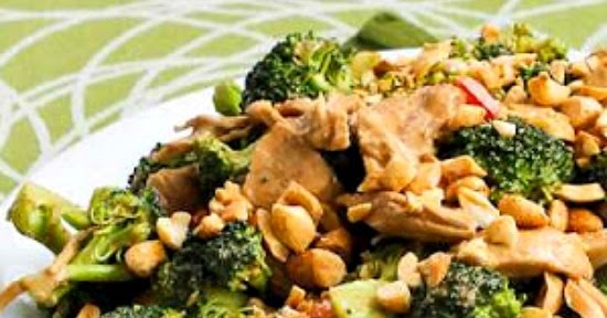 ... Chicken, Broccoli, and Red Bell Pepper Salad with Peanut Butter