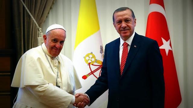 """El Papa recibió Vaticano al presidente de Turquía y abogó por """"un mundo basado en la paz y la justicia"""""""