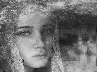Αποτέλεσμα εικόνας για Αίμα, δάκρυα και πόνος