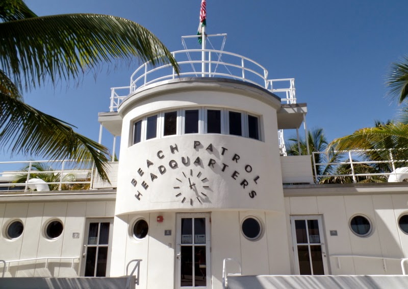We Started At The Miami Design Preservation League S Art Deco Welcome Center Right On Ocean Avenue And Just Steps From Beach Our Tour Guide Maureen