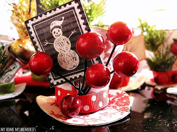 santas-hat-ornament-craft