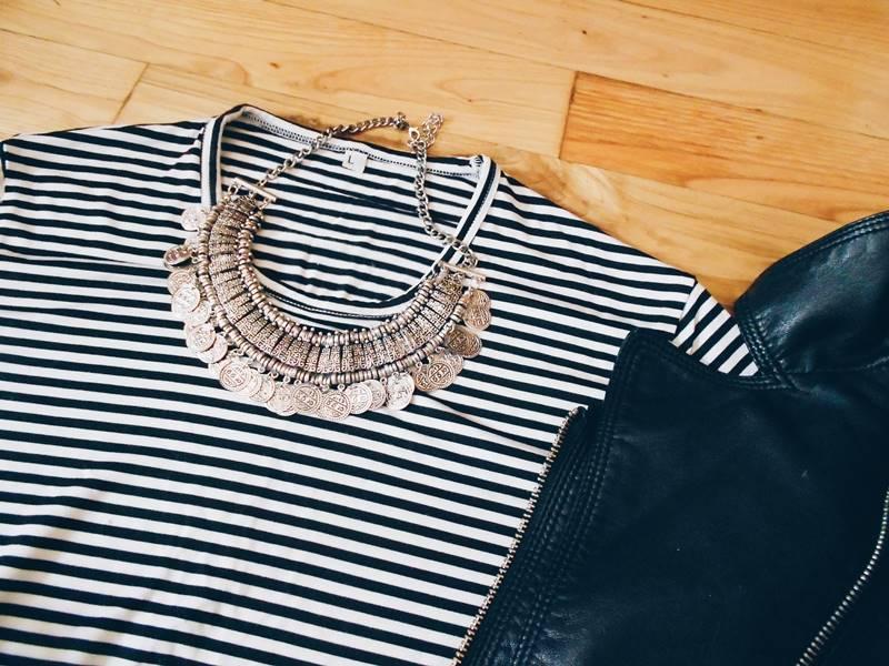 SET \ Stripes