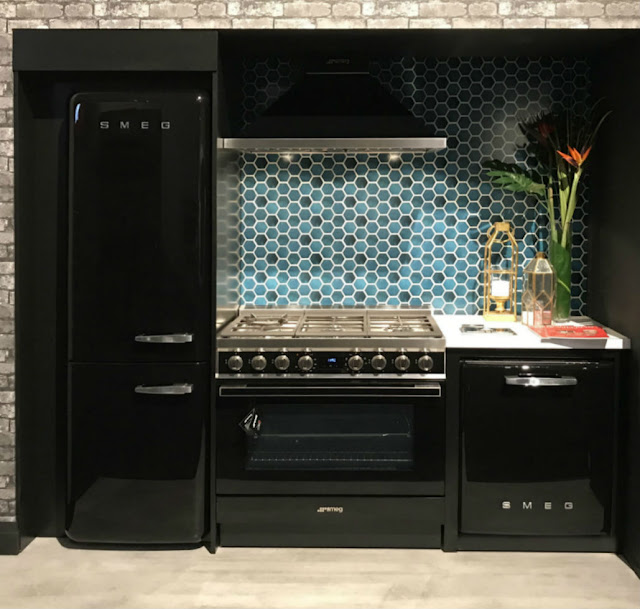 Toronto Custom Concepts IDS SMEG Kitchen