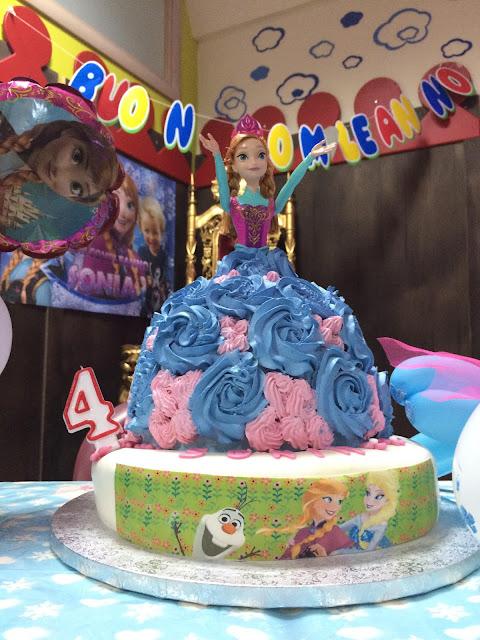 Anna Frozen Torta di compleanno bimba