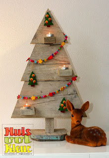 christmas decorations, Christmas decorations, christmas ideas, christmas trees from pallets, handmade Christmas trees, alternative Christmas trees, wooden Christmas trees, outdoor Christmas trees, wedding wishes for wedding, baptism