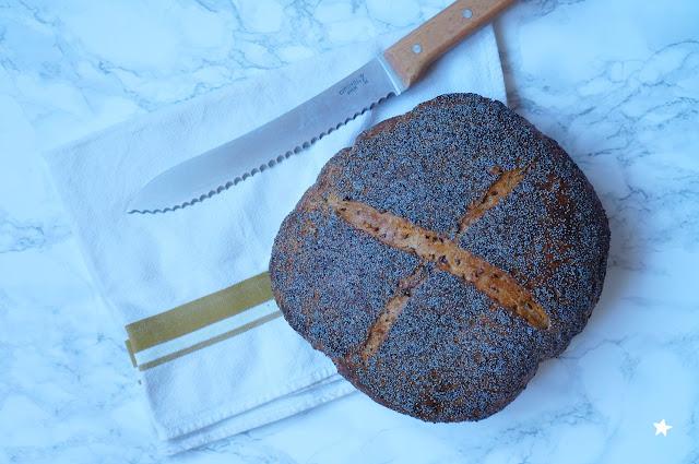 pain levain fenouil pavot graines fait maison