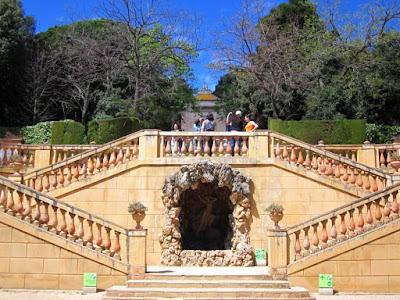 Escalinata del belvedere en el Parc del Laberint